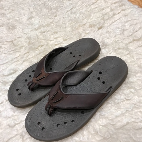 a4800c54c252 Clarks Other - Clark s men s flip flops size 12 leather